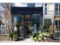 Full Time Delivery Driver required for our busy Oxford Florists