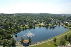 ** Sulivan's Pond one bedroom with hardwood and large balcony **