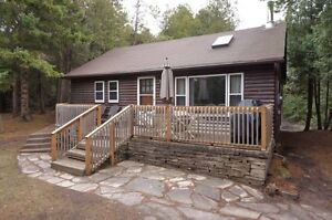 Sauble Beach Cottage - Close to Beach - Great location!