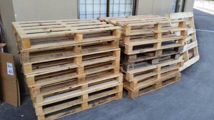 Free Pallets - fabulous condition.