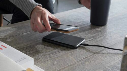 NEW Mophie Wireless Charging Base Pad Force Qi Charger - Black New