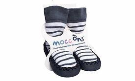 Mocc Ons slipper socks, 6-12 months, Brand New