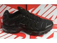 Brand new mens all black tns size 11