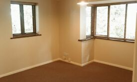2 Bed Flat, Weston, Foreshore, Southampton.. Own Parking, quiet location.