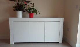 White lacquered 3-door sideboard for sale