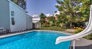 Maison avec garage et piscine