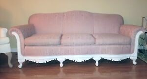 Awesome french country style antique couch with modern touch