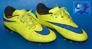 Souliers Soccer Nike Hypervenon pointure 4 / soccer spikes shoes