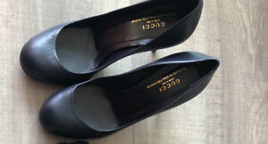 Gently used Gucci shoes from Saks fifth avenue