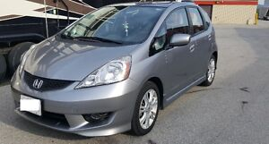2009 Honda Fit Hatchback - Great condition and amazing on gas!