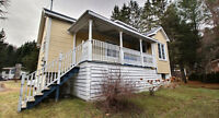 Maison a étages (Saint-Adolphe-d'Howard)