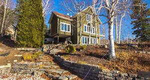 Maison haut de gamme à vendre au Lac-Kénogami (Ville Saguenay)