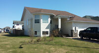 FOR RENT - 5 Bdrm House in LAKEVIEW ESTATES, Cold Lake