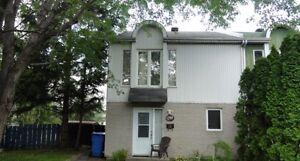 Maison à étages à vendre à Repentigny