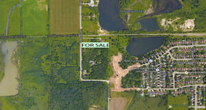 Flat Table Land in Port Colborne
