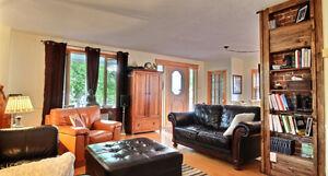 belle maison style anglaise à vendre quartier Manoir du Saguenay Saguenay Saguenay-Lac-Saint-Jean image 3