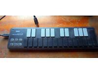korg nanokey2 USB midi keyboard controller