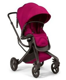 Beautiful Mamas and Papas pram in excellent condition. Quick sale wanted so very good price!
