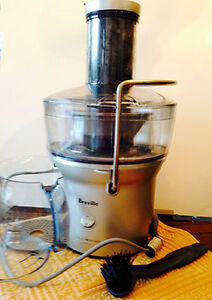 BREVILLE JUICE FOUNAIN COMPACT