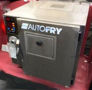Autofry ventless deep fryer - built in fire suppression sytem -  refurbished - FREE SHIPPING