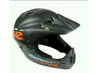 Mongoose boys helmet