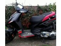 Aprilla Sr Motard 125 cc