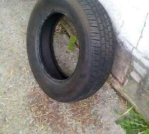 Single 205/65r15 all season tire, like new