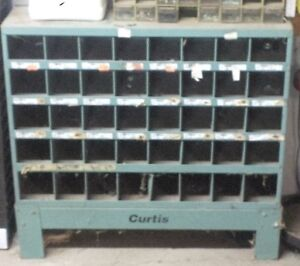 Curtis nut and bolt storage
