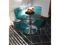 CALLIGARIS GLASS TABLE AND CHAIR SET