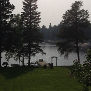 AVAILABLE IN SEPTEMBER - SHARED ACCOMMODATIONS ON THE LAKE