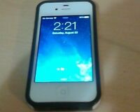 iPhone 4s 32 gb PERFECT CONDITION HURRY!