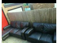 Corner sofa with matching sofa can deliver