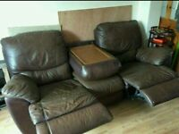 Sofa/couch/settee/armchair
