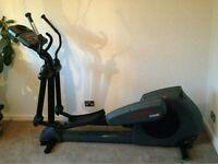 Life fitness 9500hr cross trainer x