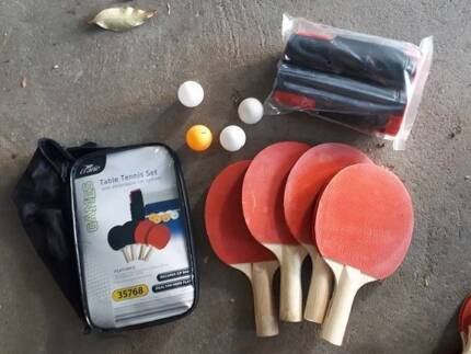 Table Tennis Set - Net, Bats and Balls