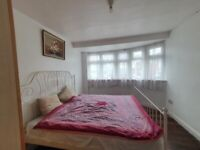 Spacious 5 bedroom semi detached house available for rent in The Heights, Northolt