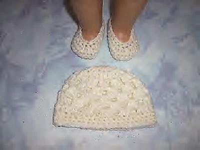 Ivory Hand Crochet Beanie Hat And Crochet Shoes For The American Girl Doll - Ivory Shoes For Girls