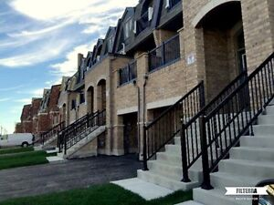 EXECUTIVE TOWN HOUSE 3 Br for rent lease HWY410 & Sandalwood