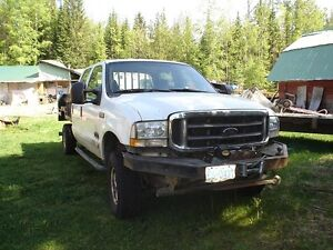 2003 Ford F-350 XLT Superduty Pickup Truck