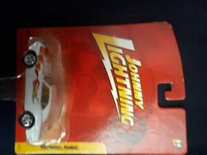 Johnny Lightning Diecast - 1967 Firebird