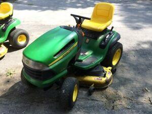 lawn mower John Deere