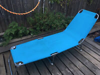 Folding garden lounge chair £10