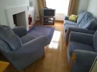 3 Double Rooms Available in Whitehall Gardens (Upper Ormeau) - All Bills Included - Fully Furnished