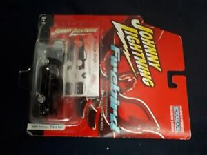 Johnny Lightning Diecast - 2001 Firebird Trans Am