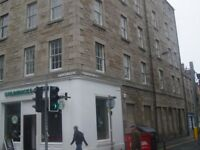 STUDENTS: Beautiful 1st floor 1 bed flat near George Square available August