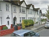 SPACIOUS 4 BED 2 RECEPTION HOUSE IN NEW CROSS. CLOSE TO GOLDSMITH COLLEGE. AVAIL 25TH AUGUST!!!