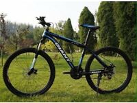 Blue and black 2016 Giant Mountain bike NEW boxed 26inch Medium Size
