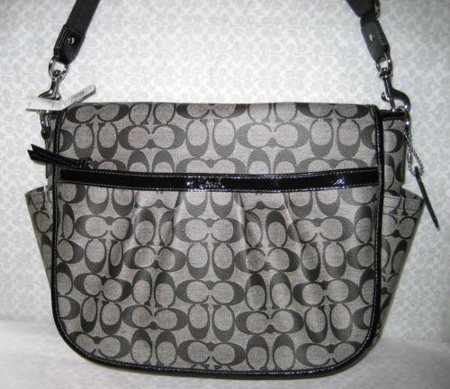 coach gray purse thil  Coach Signature Messenger Bag