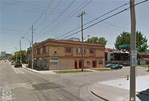 1139 -1175 University Ave W Windsor Ontario