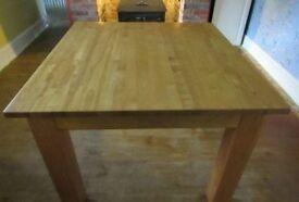 OAK WOOD TABLE